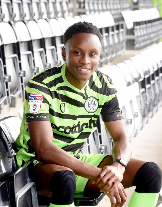 Shawn McCoulsky has joined National League side Halifax Town on a one-month loan