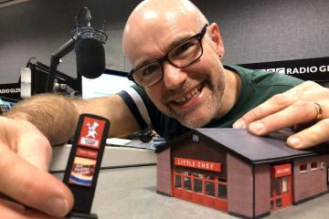 ?type=app&htype=0 - Radio presenter builds miniature Little Chef in tribute to iconic motorway eatery