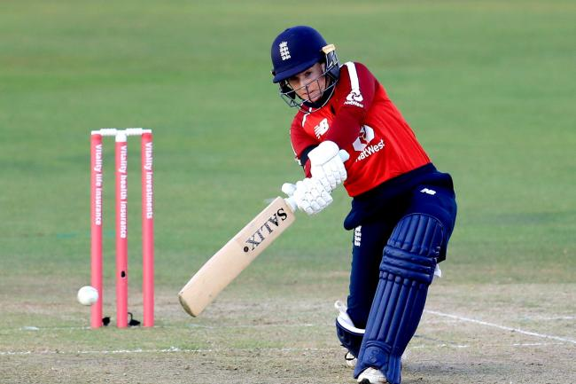 Tammy Beaumont hit 71 as England defeated New Zealand