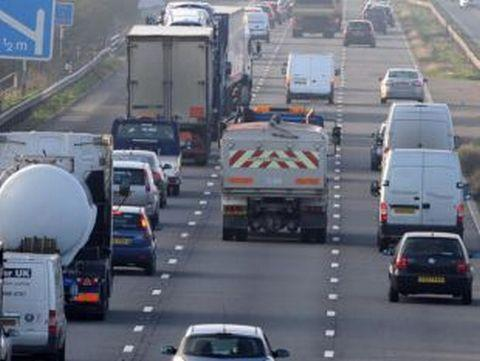 M5 to close two lanes