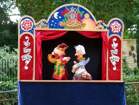 Punch and Judy at the Museum in the Park