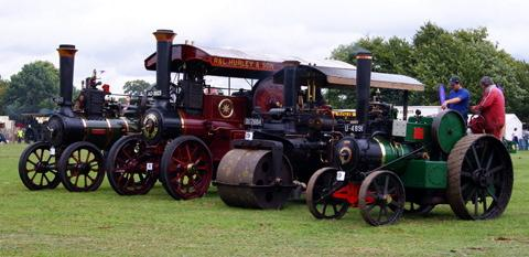 Stroud News and Journal: The Gloucestershire Steam and Vintage Extravaganza at South Cerney Airfield