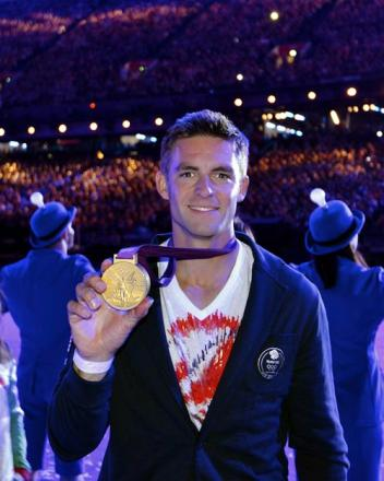 Olympic champion Pete Reed will greet fans and show off his gold medal at a special event in Nailsworth