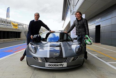 Motorsport legend Damon Hill (left) with FGR chairman Dale Vince