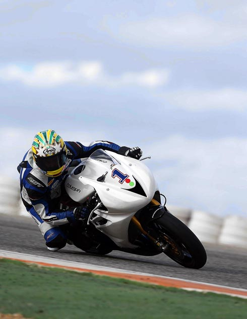 Smiths Triumph racing star Glen Richards is ready for the British Supersport Championship this weekend