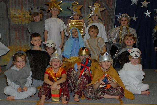 The pupils of Croft Primary School in Painswick in their costumes ready for the school's Nativity Play Gabriel's Big Break (2938349)