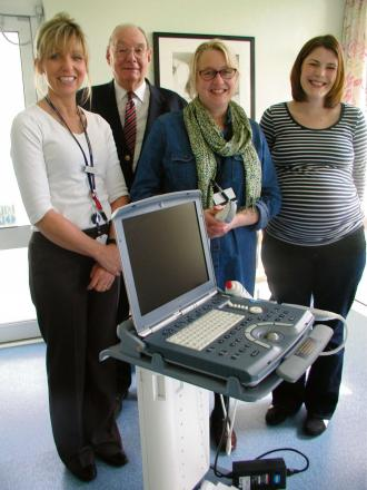 Portable ultrasound scanner donated to Stroud Maternity Hospital