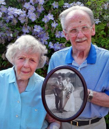 Mary and Lesley Kirby with a picture from their wedding day (6880913)