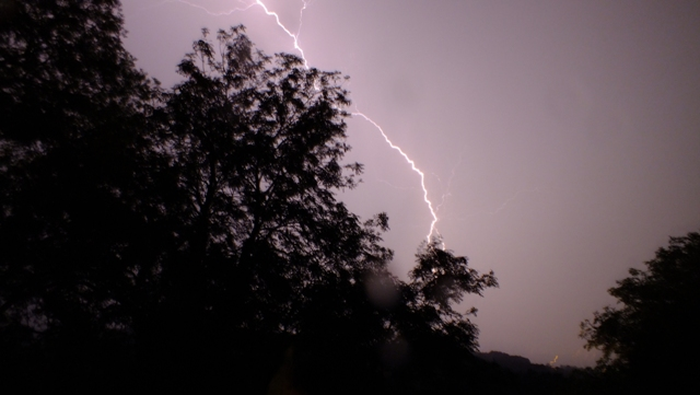 SNJ reader Nikki takes stunning photos of Friday night's dramatic lightning storm