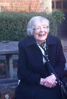 Una Dorney - a 'much-loved' aunt, stepmother and grandmother