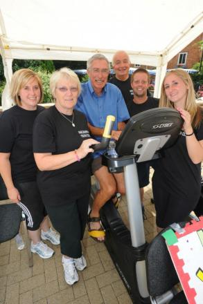 (l-r) Jess Galling, Liz Robinson, Richard Way, Steve Robinson, Ian Hooper and Charlotte Galling cycled the distance of Land's End to John o' Groats to raise money for Nailsworth Youth Club