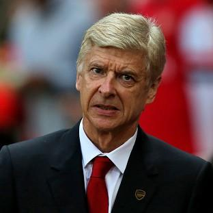 Arsene Wenger could yet make a late move in th