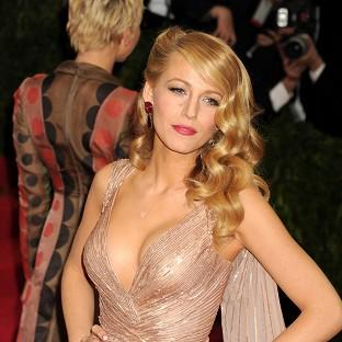 Blake Lively was attacked by a swarm of bees on a fashion shoot