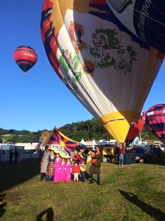 Stroud pilot flies controversial Tibet Balloon