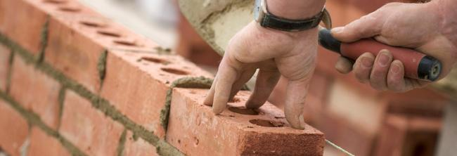 Property News: Four month wait for good builders