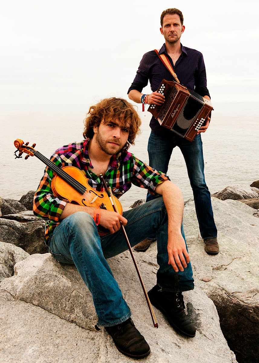 English folk duo tour to Nailsworth