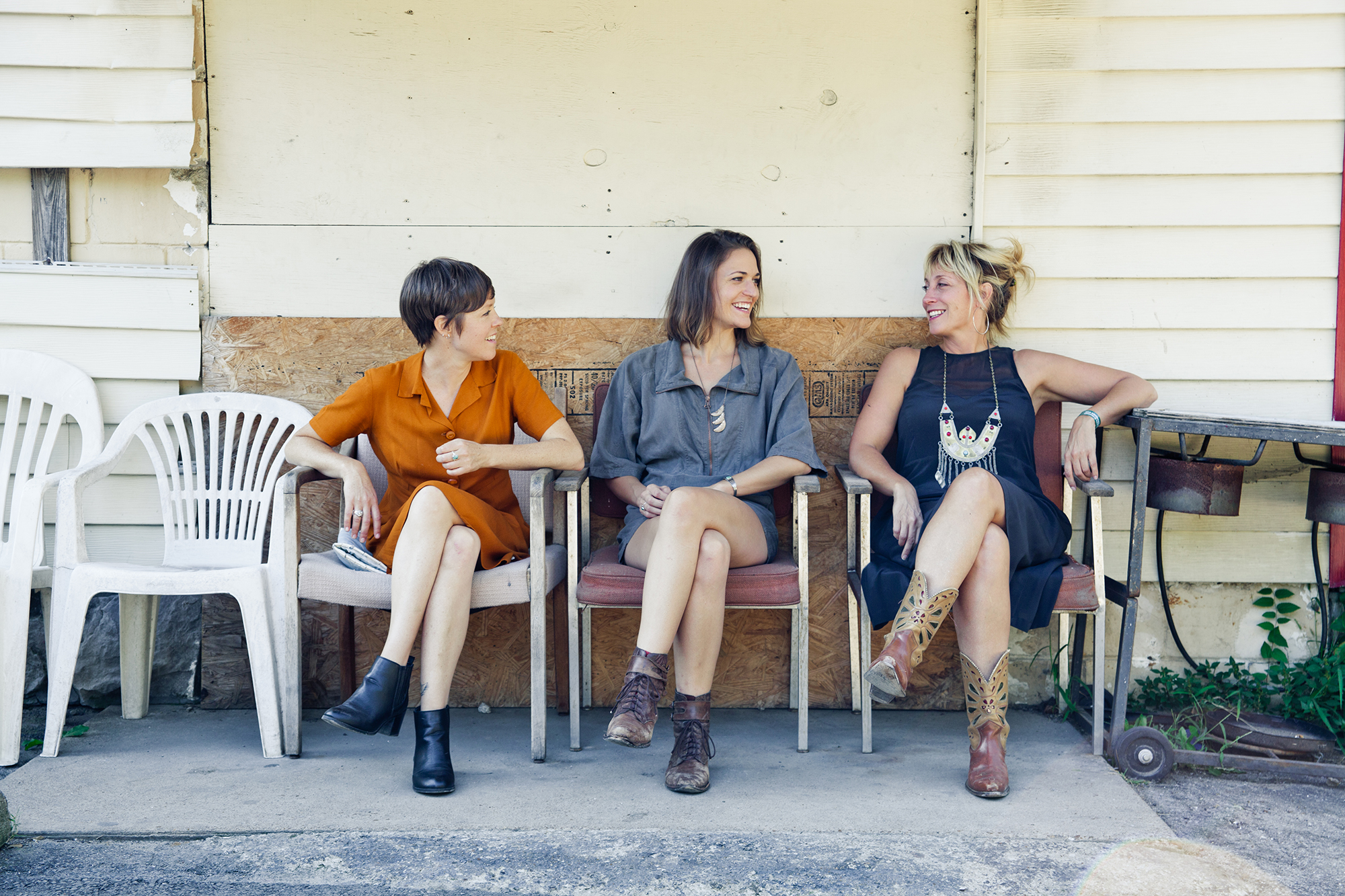 All female folk supergroup - Applewood Road - to play in Stroud