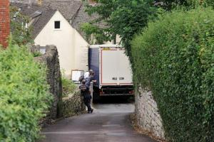 Stroud News and Journal: Bittersweet ending as sugar lorry becomes wedged between two houses in Nailsworth
