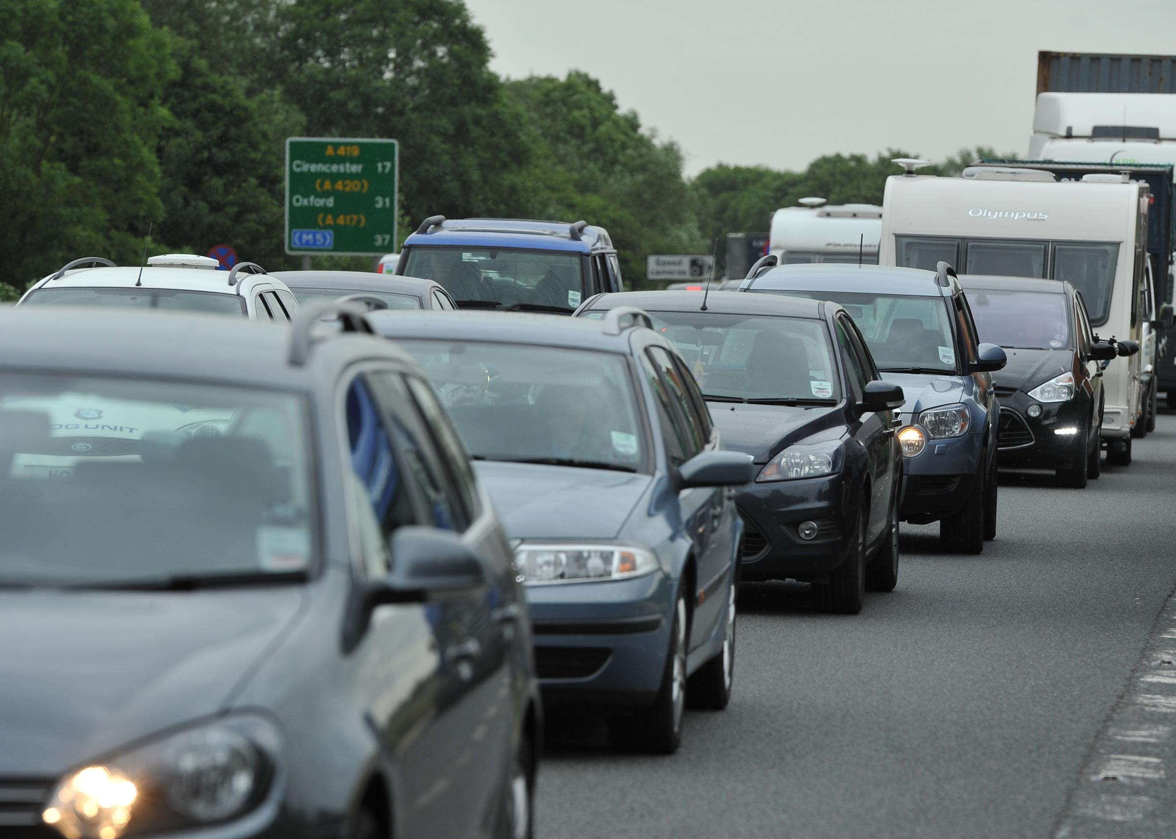 Traffic on A419 Gloucestershire continues to disrupt M5 commuters