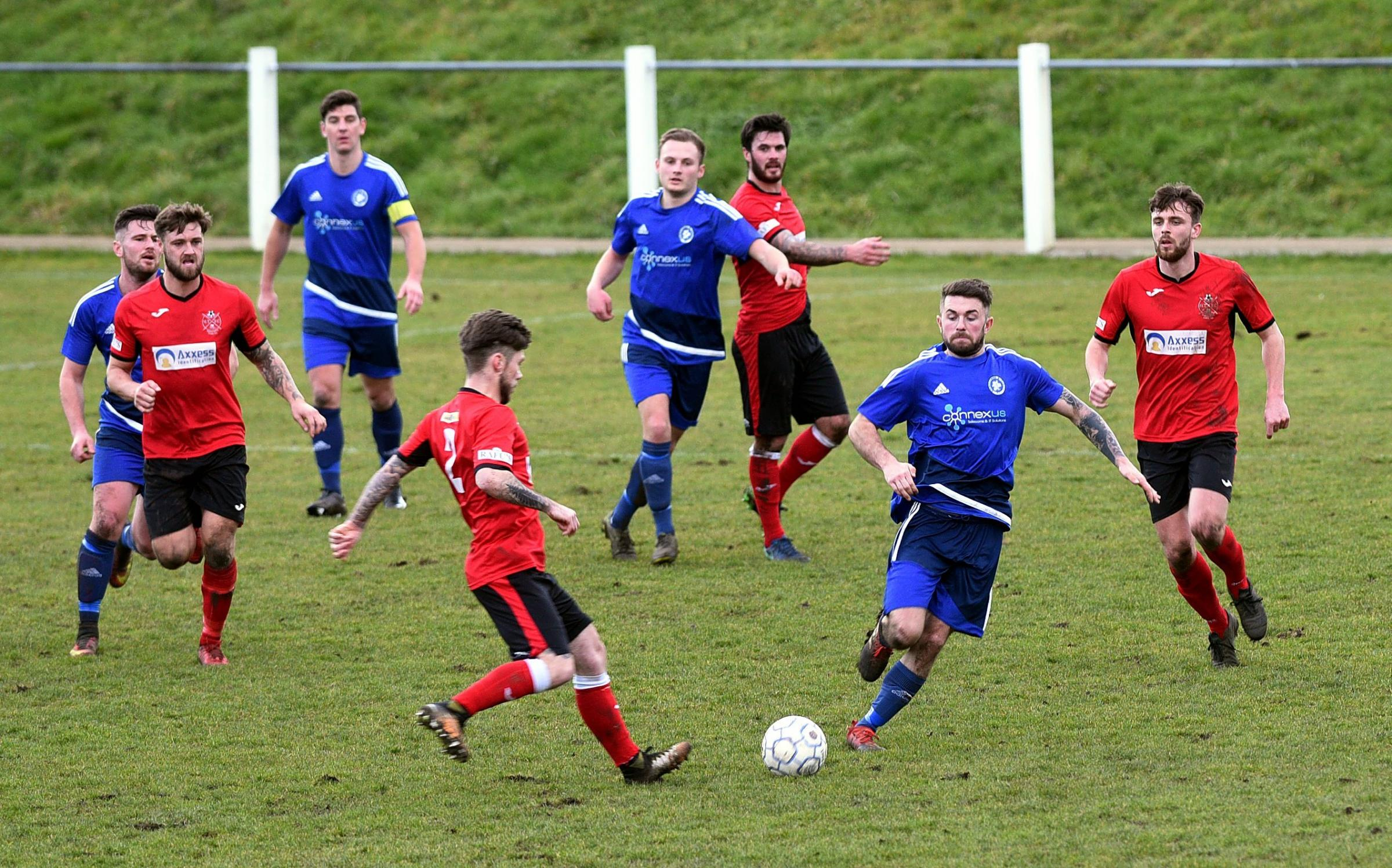February  17   2018Photograph   SIMON PIZZEYBrimscombe and Thrupp FC v Highworth TownFootball