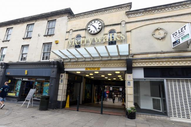 Councillors have voted unanimously to provide a £2M for the redevelopment of Merrywalks shopping centre in Stroud