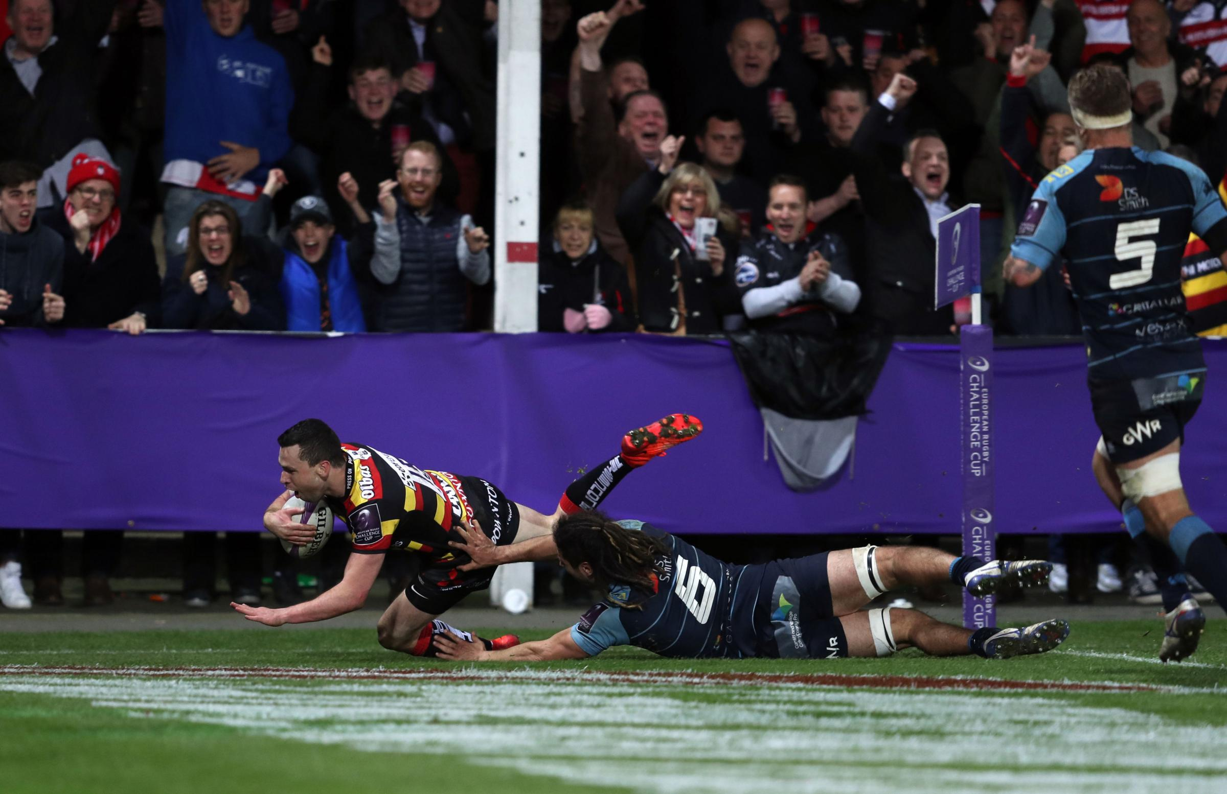 Tom Marshall scores against Cardiff Blues